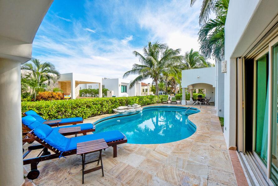 Gorgeous Villa Playacar